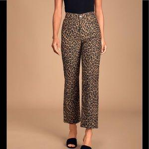 Levi's Ribcage Leopard Print Corduroy Jeans!